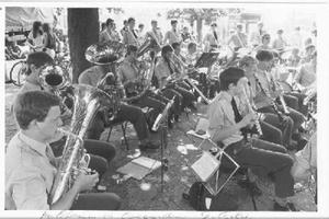 Concert van Heutsz op de Markt