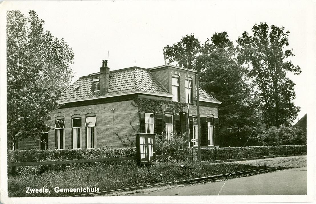 Gemeentehuis Zweeloo _Hoofdstraat-±-1935 bron Historische vereniging Zweeloo