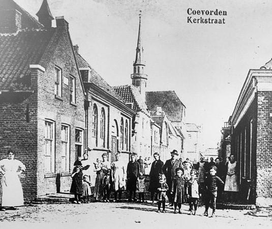 Kerkstraat Coevorden_Bron_Historische Vereniging Aold Daoln