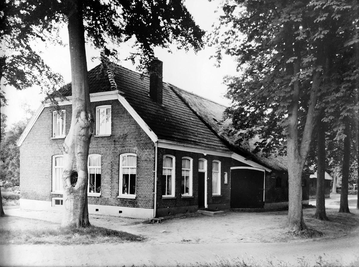 Stationsstraat 9_bron_Historische Vereniging Aold Daoln