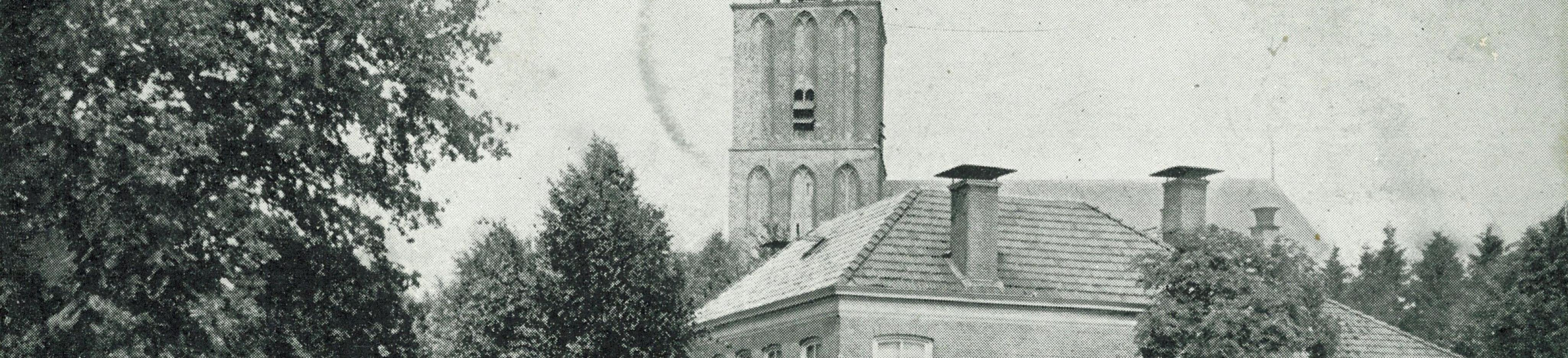 Sleen - Brink met kerktoren